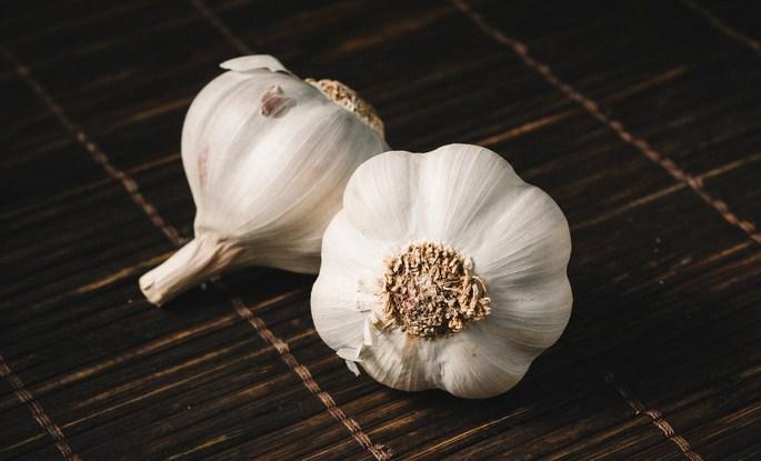 Cara mengusir cicak dengan bawang putih