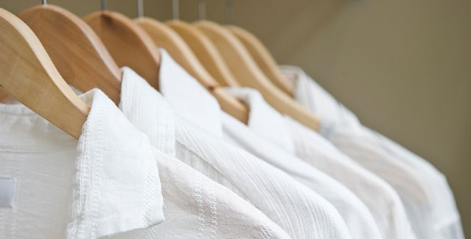 Gambar 1 - Cara membuat disinfektan sendiri menggunakan pemutih pakaian