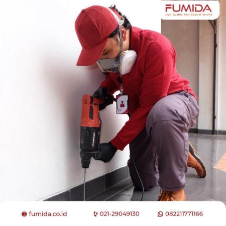 Gambar 3 - Cara membasmi rayap di plafon rumah, tembok, dan lantai secara efektif